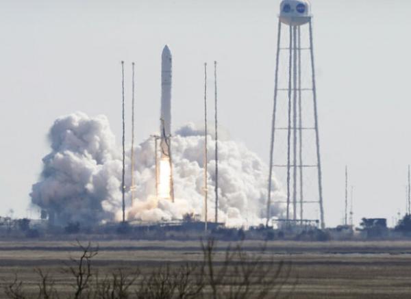 محموله 3719 کیلوگرمی به ایستگاه فضایی بین المللی رفت