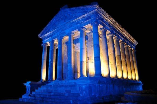 معبد گارنی، سفر به امپراطوری یونان - روم