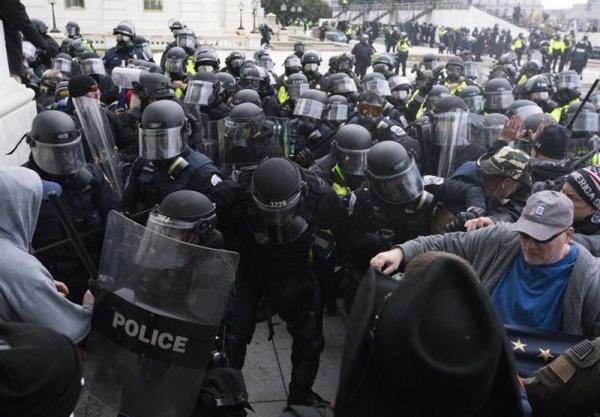 دستکم 100 نفر دیگر به دلیل مشارکت در یورش به کنگره آمریکا بازداشت می شوند